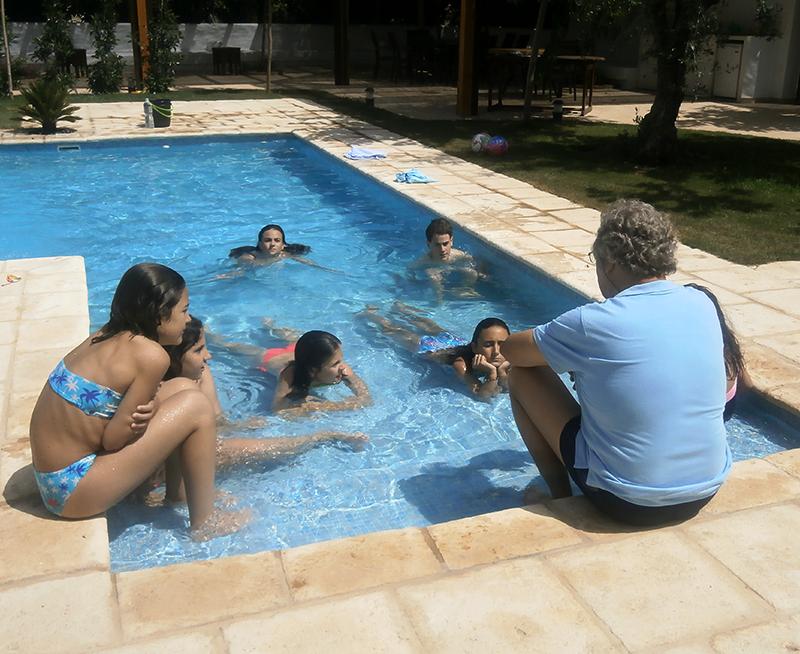 Actividad de piscina en ingles